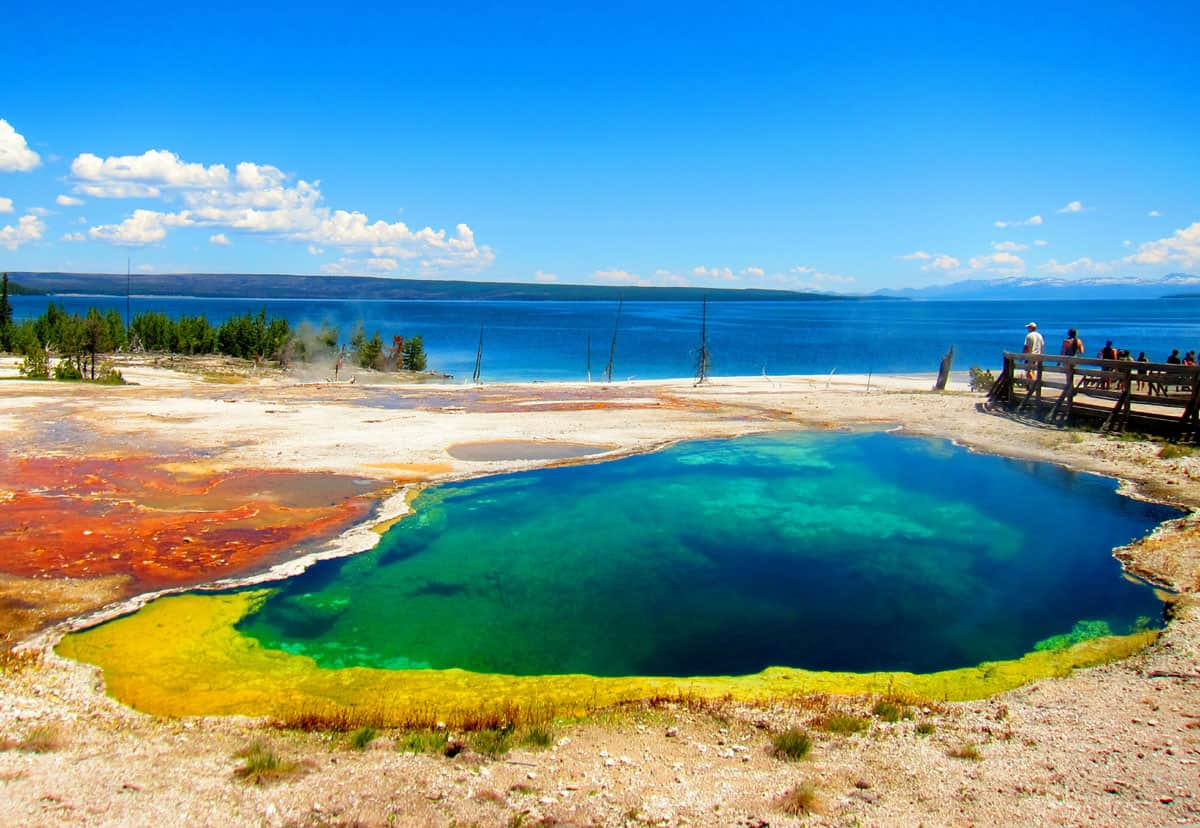 abyss-pool-Yellowstone-West-Thumb-Basin